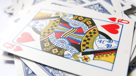 Kom ned i gear med Solitaire poker