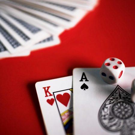 Spil Texas Hold'em på gratis poker-app